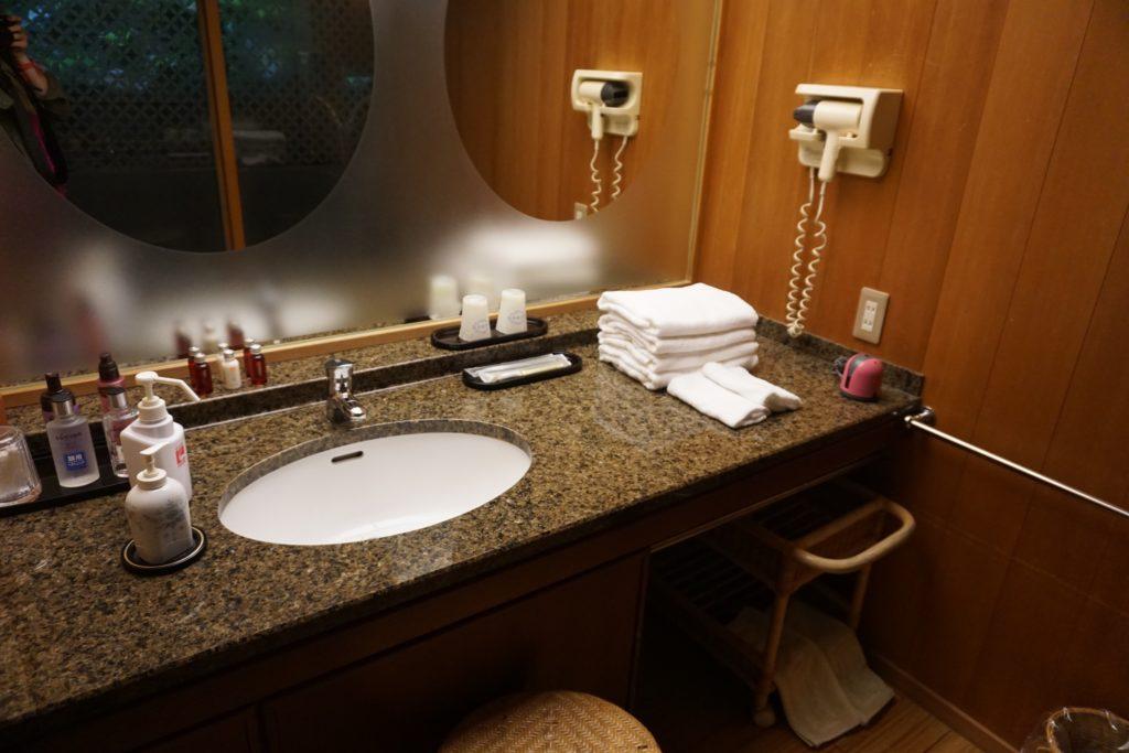 Bathroom vanity of the Hatsune Room at Nishimuraya Honkan Ryokan.