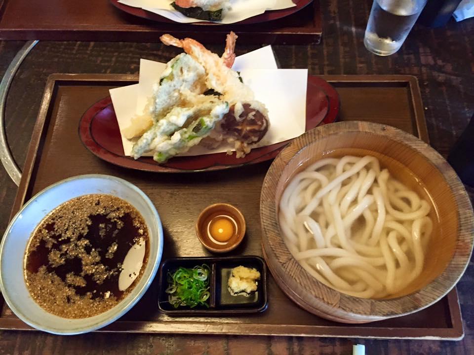 Tsurutontan Soemoncho Udon restaurant in Osaka - Osaka Itinerary