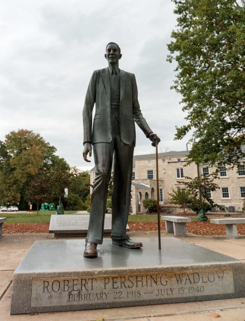 Robert Wadlow Statue in Alton
