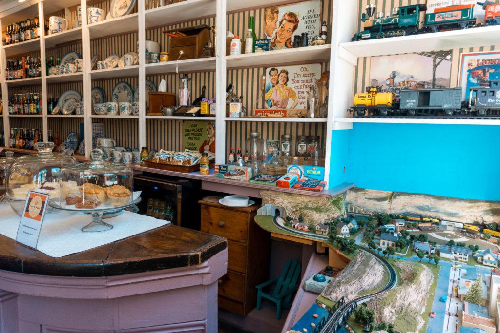 Elsah General Store - weekend getaway from St. Louis