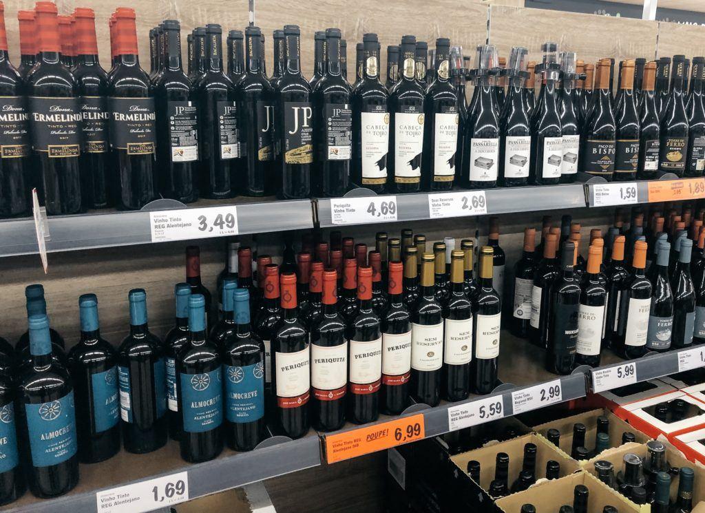 Portuguese wine - Lisbon itinerary.
