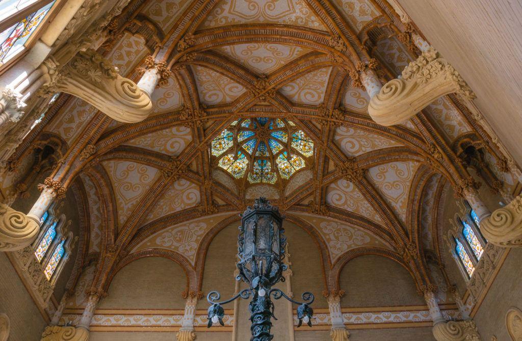 The ceiling of Recinte Modernista de Sant Pau