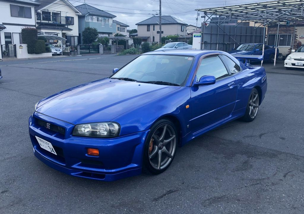 Renting A Nissan GTR from Omoshiro Rent-A-Car