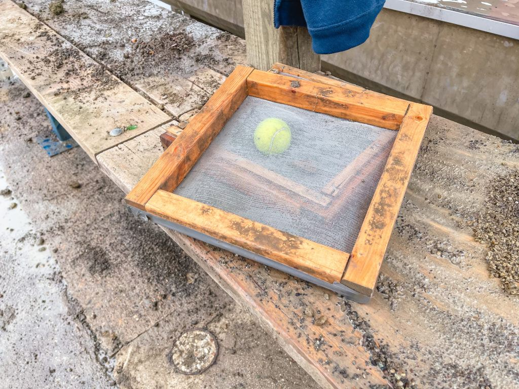 Sifter for diamond hunting